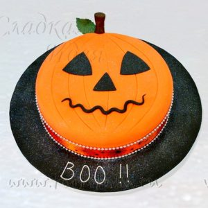 "Торт на Хэллоуин ""BOO"""