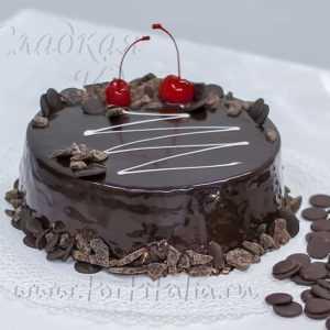 Торт шоколадный: Пьяная вишня