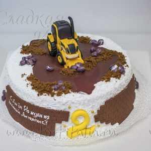 Торт на заказ Трактор